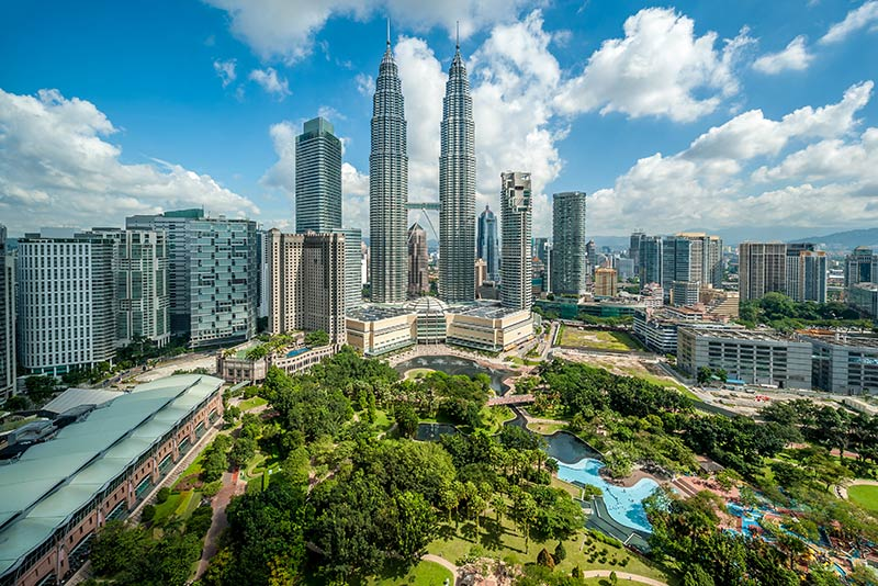 A picture of Petronas Towers where many non residents pay capital gains tax